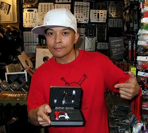 DJ Qbert with TARUYA PHONOGRAPH cartridge & Stylus